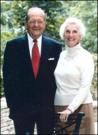 Louise Black Jadel, BJ '46, and her husband, Jack