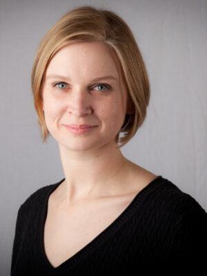 Suzanne Struglinski, BJ '00