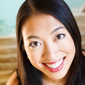 Elise Hu, BJ '03