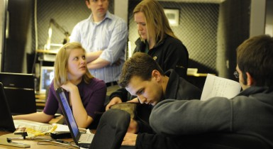 Students in the KOMU Newsroom