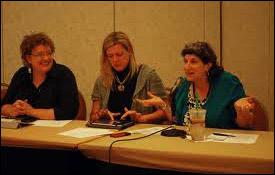 Joy Mayer, Teresa Schmedding and Merrill Perlman