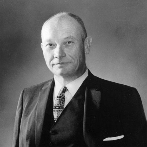 Donald W. Reynolds, BJ '27