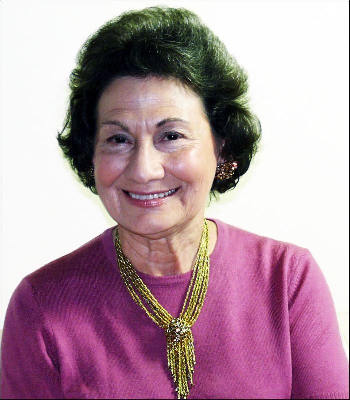 Fortuna Calvo-Roth, BJ '54