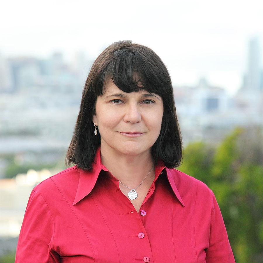 Sara Weaver-Wescott, BJ '84, BA '84