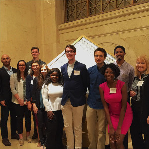 Economic Journalism Students Visit St. Louis Federal Reserve