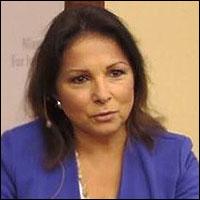Elizabeth Llorente, BJ '84