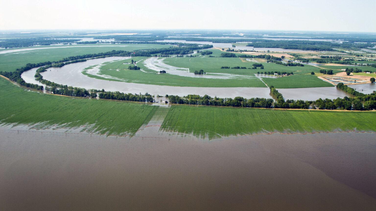 Mississippi River Ag & Water Desk